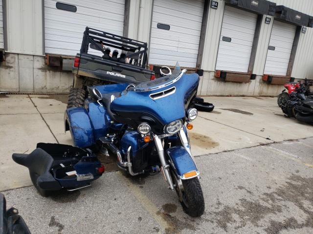 Salvage cars for sale from Copart Louisville, KY: 2018 Harley-Davidson Flhtcutg 1