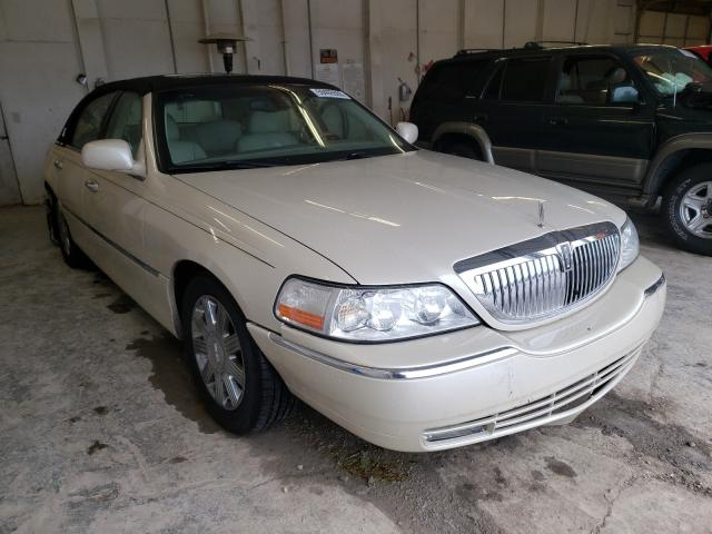 Salvage cars for sale from Copart Madisonville, TN: 2003 Lincoln Town Car C