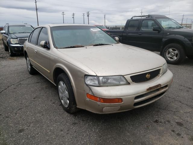 Salvage cars for sale from Copart Pasco, WA: 1996 Nissan Maxima GLE