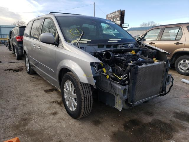 Salvage cars for sale from Copart Wichita, KS: 2014 Chrysler Town & Country