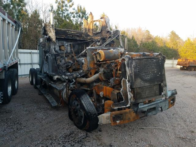 Salvage cars for sale from Copart Charles City, VA: 1996 Freightliner Convention