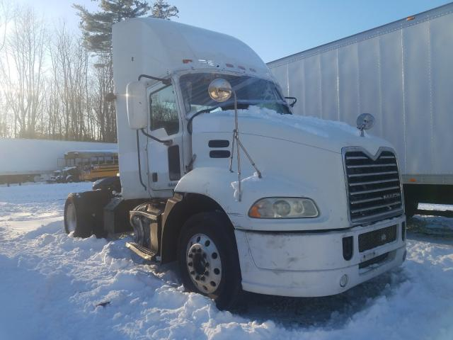 Mack 600 CXU600 salvage cars for sale: 2009 Mack 600 CXU600