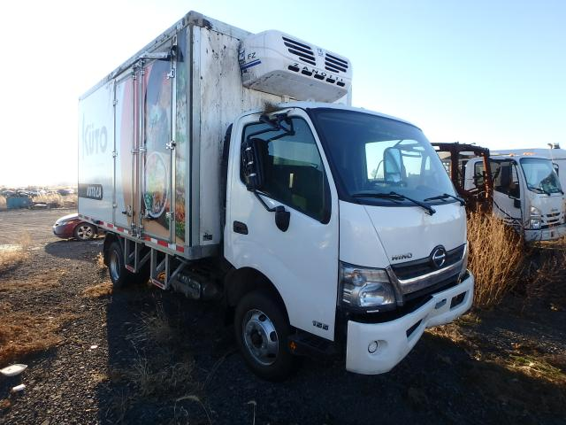 Salvage cars for sale from Copart Montreal Est, QC: 2020 Hino 155