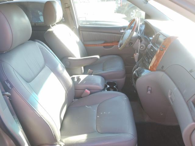 пригнать из сша 2010 Toyota Sienna 3.5L 5TDYK4CC1AS290371