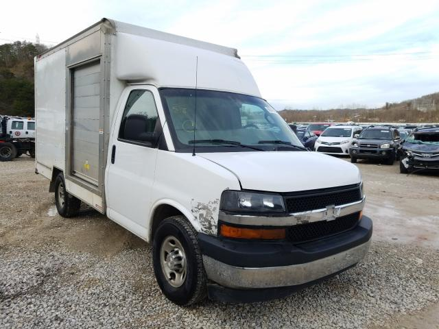 Salvage cars for sale from Copart Hurricane, WV: 2018 Chevrolet Express G3