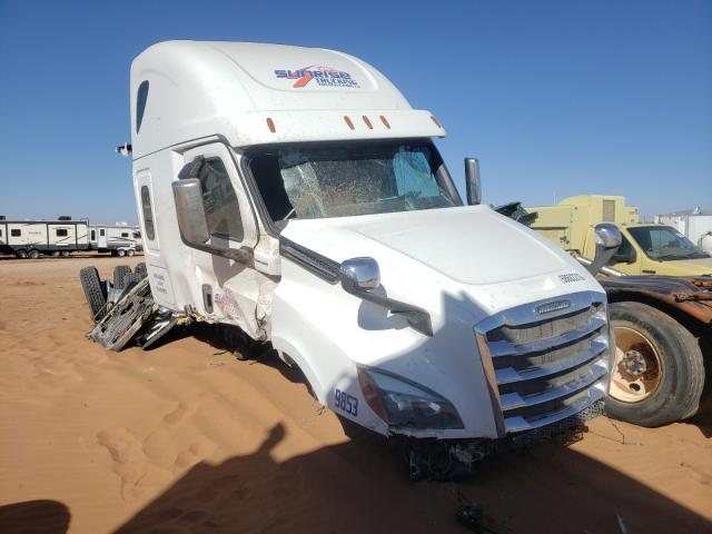 Salvage cars for sale from Copart Andrews, TX: 2019 Freightliner Cascadia 1