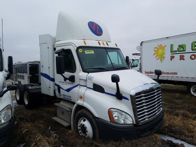 Salvage cars for sale from Copart Cicero, IN: 2014 Freightliner Cascadia 1