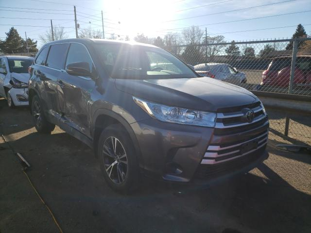 Salvage cars for sale from Copart Denver, CO: 2019 Toyota Highlander