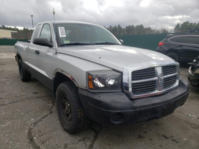 Salvage cars for sale from Copart Exeter, RI: 2006 Dodge Dakota ST