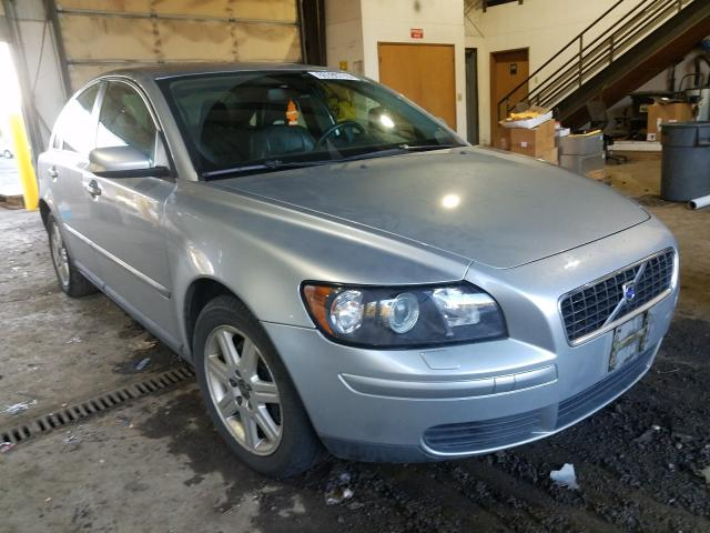 Salvage cars for sale from Copart Graham, WA: 2006 Volvo S40 2.4I