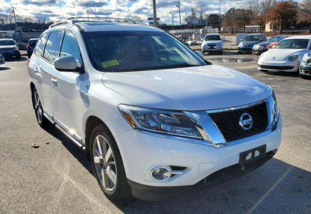Salvage cars for sale from Copart Mendon, MA: 2013 Nissan Pathfinder
