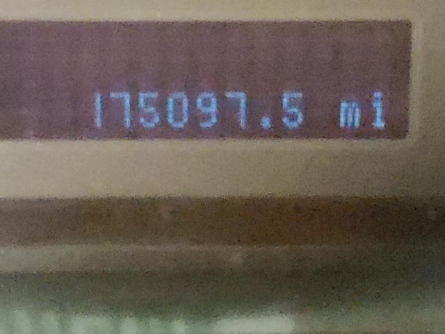 1FMCU0D75AKB64452 2010 Ford Escape Xlt 2.5L