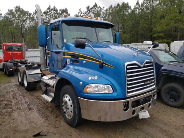 Salvage cars for sale from Copart Sandston, VA: 2013 Mack 600 CXU600