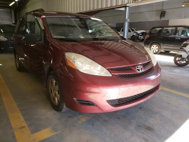 Salvage 2006 TOYOTA SIENNA - Small image. Lot 29761131