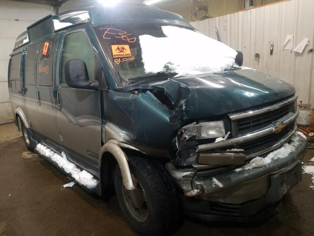 Salvage cars for sale from Copart Lyman, ME: 2000 Chevrolet Express G1