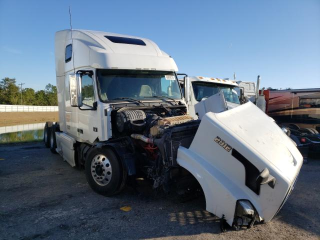 Salvage cars for sale from Copart Jacksonville, FL: 2012 Volvo VN VNL