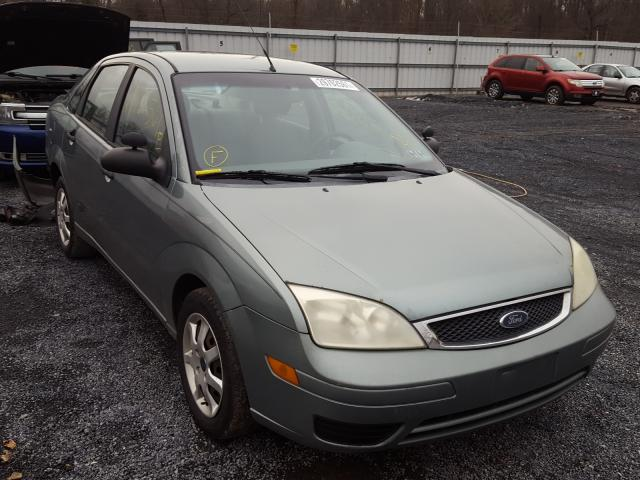 Salvage 2005 FORD FOCUS - Small image. Lot 29702561