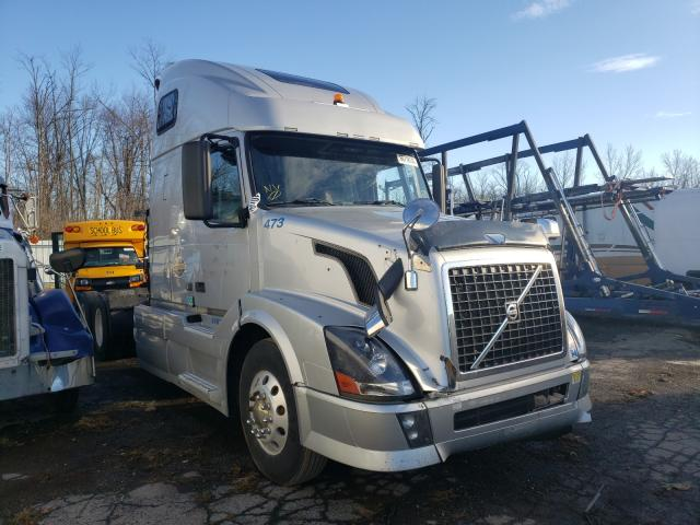 Volvo salvage cars for sale: 2011 Volvo VN VNL