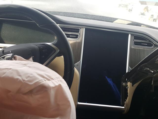 2013 Tesla MODEL S | Vin: 5YJSA1CN7DFP25668