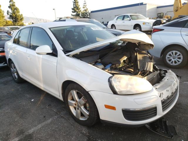 Salvage cars for sale from Copart Rancho Cucamonga, CA: 2010 Volkswagen Jetta S
