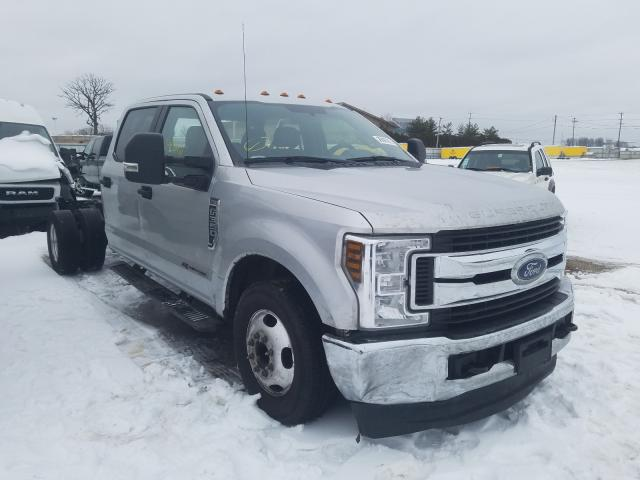 Salvage trucks for sale at Elgin, IL auction: 2019 Ford F350 Super