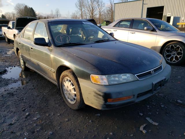 Salvage cars for sale from Copart Portland, OR: 1997 Honda Accord EX
