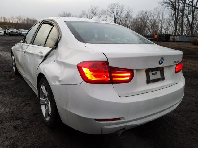 2014 BMW 320 I - Right Front View