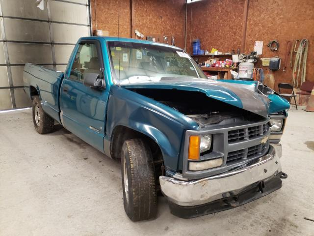 Salvage cars for sale from Copart Ebensburg, PA: 1995 Chevrolet GMT-400 K1