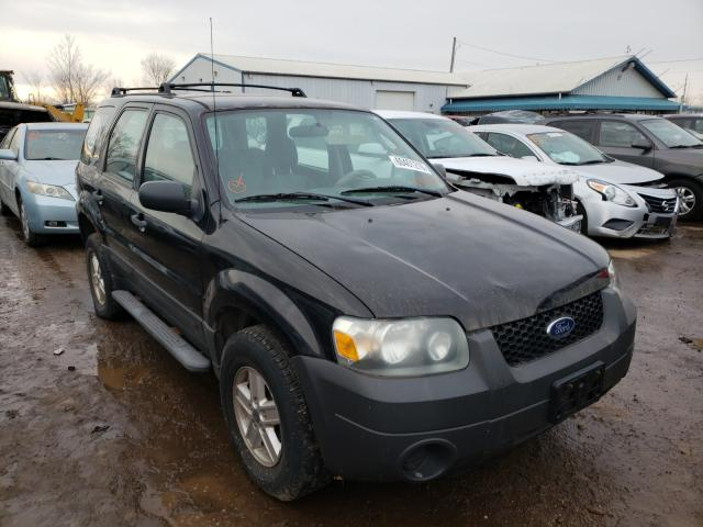 Salvage cars for sale from Copart Pekin, IL: 2006 Ford Escape