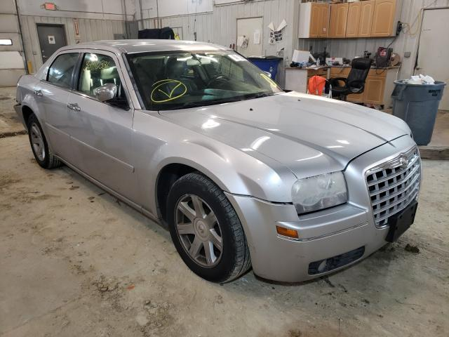 Salvage cars for sale from Copart Columbia, MO: 2005 Chrysler 300 Touring