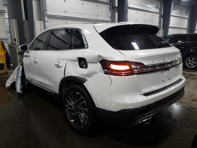 2020 LINCOLN NAUTILUS R - Right Front View