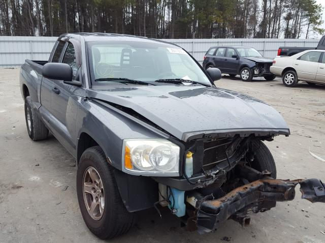 Salvage cars for sale from Copart Dunn, NC: 2005 Dodge Dakota SLT