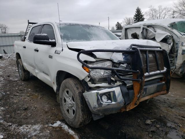 Salvage cars for sale from Copart Columbus, OH: 2016 Toyota Tundra CRE