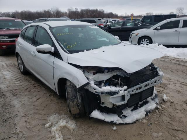Salvage cars for sale from Copart Des Moines, IA: 2014 Ford Focus SE