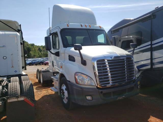 Freightliner Cascadia 1 salvage cars for sale: 2015 Freightliner Cascadia 1