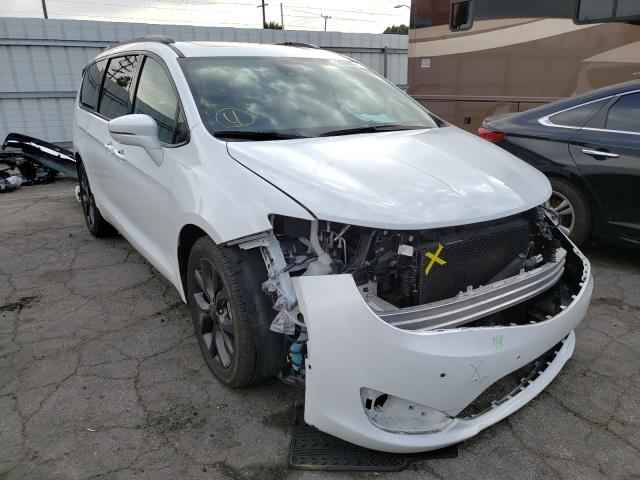 Salvage cars for sale from Copart Van Nuys, CA: 2018 Chrysler Pacifica L