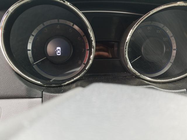 2013 HYUNDAI SONATA GLS - Engine View