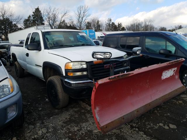 Salvage cars for sale from Copart Pennsburg, PA: 2004 GMC Sierra K25