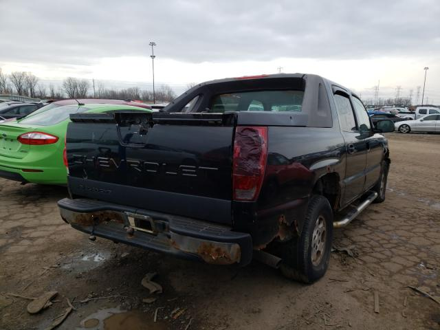 2005 CHEVROLET AVALANCHE - Right Rear View