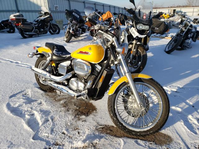 Salvage cars for sale from Copart Elgin, IL: 2002 Honda VT750 DC