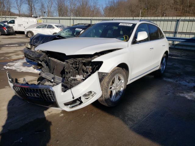 из сша 2017 Audi Q5 Premium 2.0L WA1L2AFP1HA008416