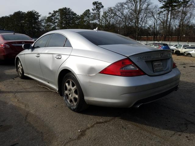 2011 MERCEDES-BENZ CLS 550 - Right Front View
