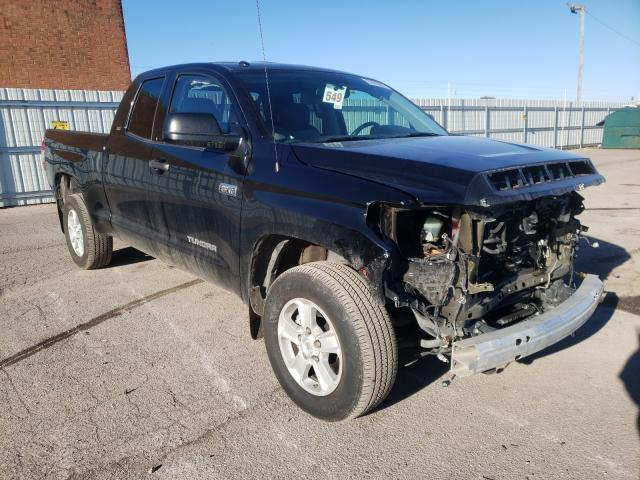 Salvage cars for sale from Copart Lexington, KY: 2017 Toyota Tundra DOU