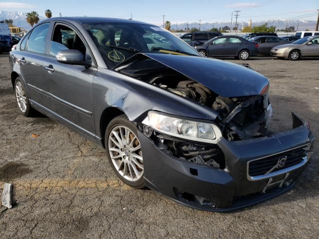 Salvage cars for sale from Copart Colton, CA: 2009 Volvo S40 2.4I