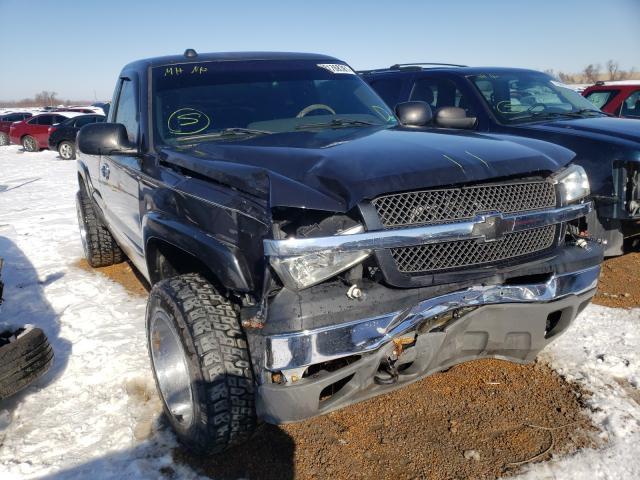 Salvage trucks for sale at Bridgeton, MO auction: 2005 Chevrolet Silverado