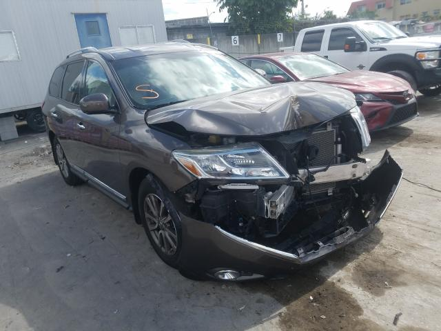 Salvage cars for sale from Copart Opa Locka, FL: 2016 Nissan Pathfinder