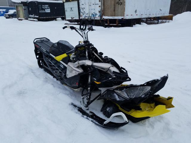 Salvage cars for sale from Copart Montreal Est, QC: 2017 Skidoo Summit