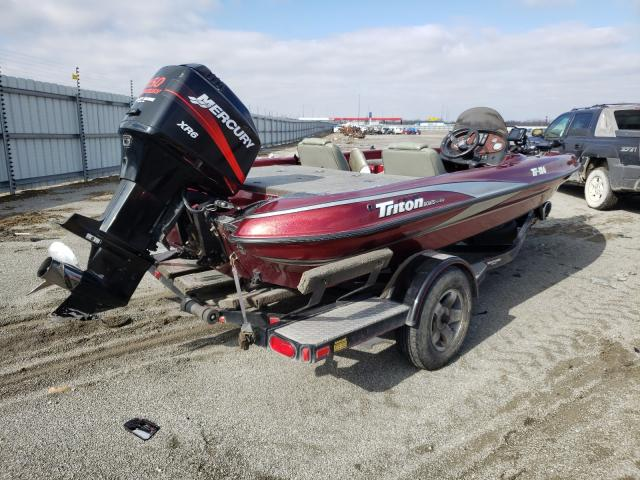 2001 TRIT BOAT - Right Rear View