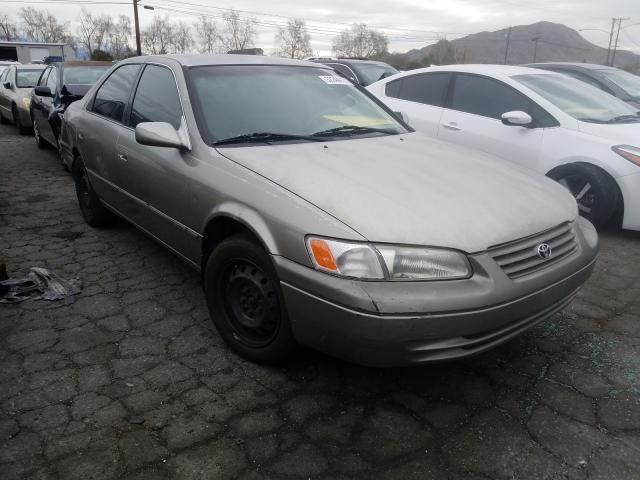 Salvage cars for sale from Copart Colton, CA: 1998 Toyota Camry CE