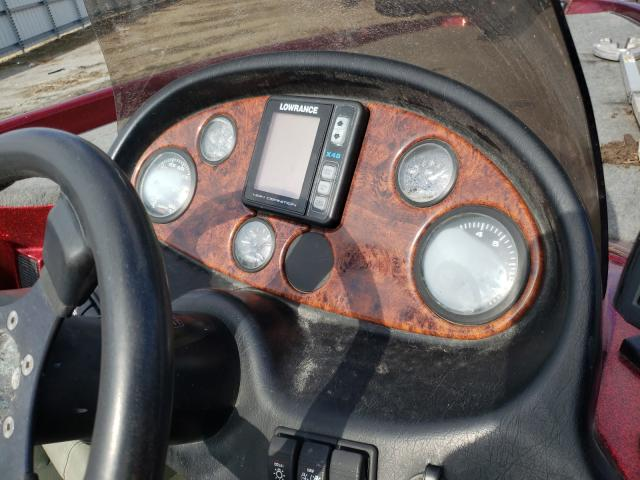 2001 TRIT BOAT - Engine View